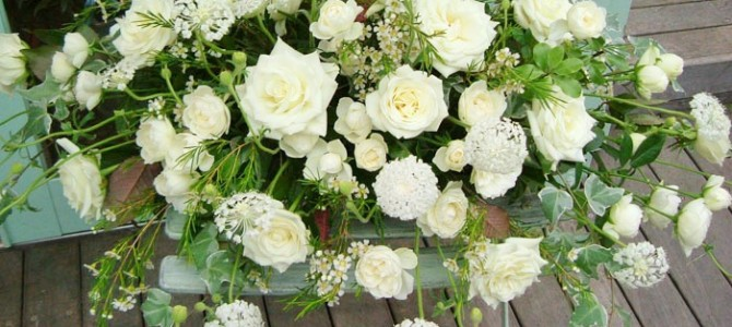白あがりメイン装花