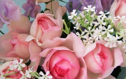 バラ・ピンクイブピアッチェとスイートピーの花束