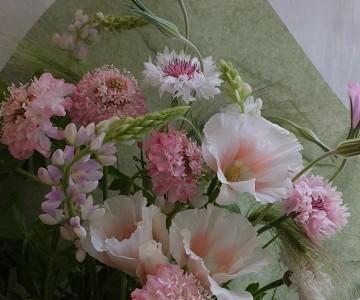 母の日の花束(ピンク系草花ミックス)
