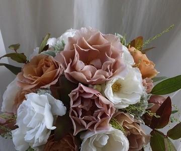 薔薇ジュリアの秋のバンチブーケ