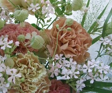 母の日の花束(カーネーション&草花ミックス)